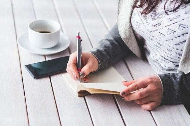 Keuntungan Konsisten Menulis Bagi Seorang Blogger